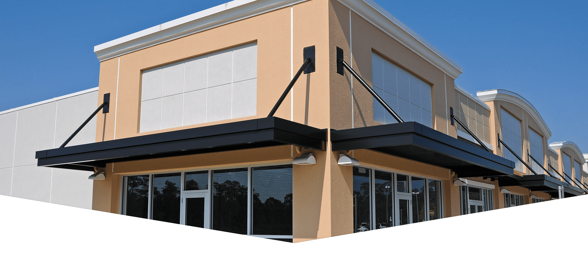 If you are looking for a commercial Roofing company in the Cincinnati area, then don't look past Armor Services